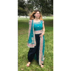 Choli and Dupatta set - Size 12